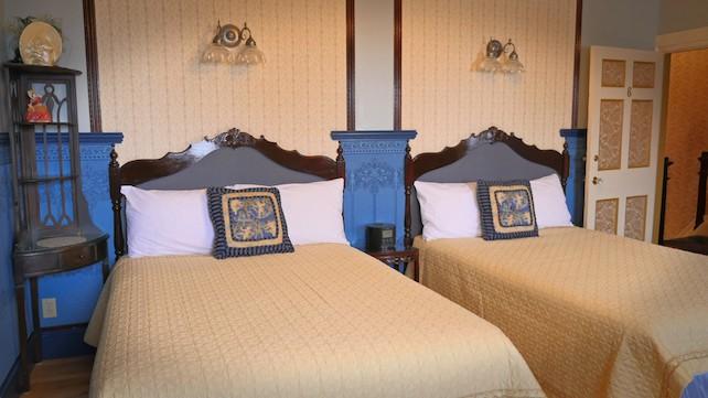 Historique 2 Lits Doubles Hotels Vieux Quebec Hebergement B B